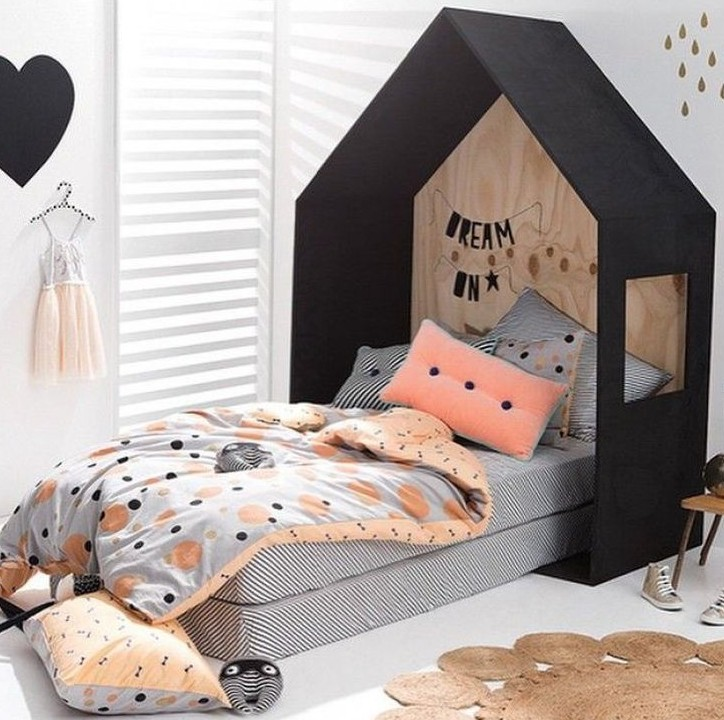 un lit cabane pour faire r ver vos enfants votre lit. Black Bedroom Furniture Sets. Home Design Ideas